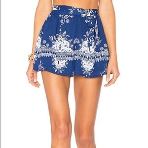 Lovers + Friends Sasha Shorts XS